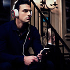 Logic3 bolsters Ferrari F1 headphone range with noise-cancelling R300 - photo 1