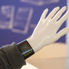 Plastic Logic shows off colour e-paper display smart watch concept: the future of wearable tech? - photo 4