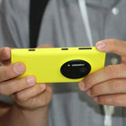 Nokia Lumia 1020 accessories: hands-on with charging shell, grip and mount - photo 13