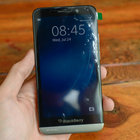 BlackBerry A10 hands-on pictures and video appear online, look to be the real deal - photo 4