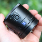 Sony QX100 lens-style camera: Hands-on with the RX100 II lens for your phone - photo 3
