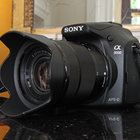Sony A3000 hands-on: Cheap body, NEX lenses - photo 1