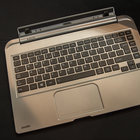 Toshiba Satellite W30t hands-on: laptop-tablet hybrid pushes the budget angle - photo 10