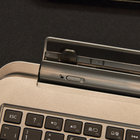 Toshiba Satellite W30t hands-on: laptop-tablet hybrid pushes the budget angle - photo 8