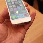 iPhone 5S pictures and fingers-on - photo 16