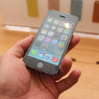 iPhone 5S pictures and fingers-on - photo 2