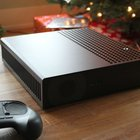 Lucky few unbox the beta Steam Machine for first time, sent by Valve in magical wooden box - photo 2