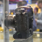 Nikon D4S in pictures: Top-spec camera eyed behind glass at CES trade show - photo 4