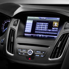 Ford Focus 2014 first to hit Europe with SYNC 2 voice-activated in-car tech - photo 7