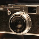 First Look: Fujifilm FinePix X100 - photo 2