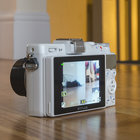 Olympus Stylus XZ-2 (white) review - photo 3