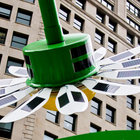 Solar powered flowers offer workers Wi-Fi and power - photo 3