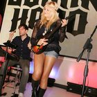 Guitar Hero 5 launches with marathon record attempt - photo 3
