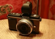 Olympus E-P2 digital camera - photo 2