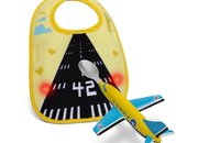 Aeroplane spoon gets light-up runway bib - photo 1