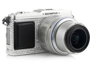 Olympus Pen E-P1 gets Swarovski treatment  - photo 3