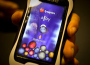 Synaptics Fuse phone wants you to squeeze your way around the interface - photo 3