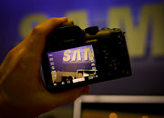 Samsung NX10 hands-on - photo 5