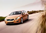 VIDEO: Volvo S60 promises to stop you running people over - photo 3