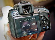Sony Alpha 450 hands-on - photo 2