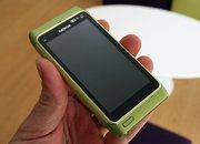 Nokia N8 hands-on with the hardware - photo 3