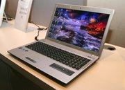 Samsung Q330, Q430 and Q530 slim notebooks out in July - photo 5