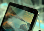 VIDEO: LG demos UX10 Windows 7 tablet - photo 2
