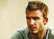 David Beckham signs for Yahoo! - photo 1