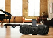 Logitech Rechargeable Speaker S715i: Travel iPod dock making a big noise - photo 3