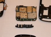 BlackBerry Torch 9800: Stripped bare - photo 2