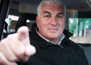 Mitch Winehouse endorses SaferTaxi text service - photo 1