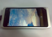 Nokia N9 snapped: Nokia Booklet 3G goes mini - photo 4