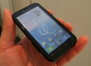 Motorola Defy - photo 3