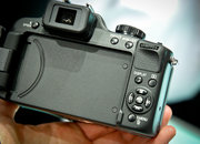The Panasonic, er, Leica V-LUX 2 - photo 3