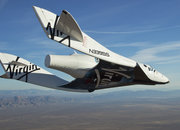 Virgin Galactic succeeds in first solo test flight - photo 1