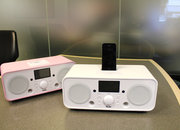 iTeufel Radio v2 iPhone/iPod dock hands-on - photo 2
