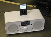 iTeufel Radio v2 iPhone/iPod dock hands-on - photo 3