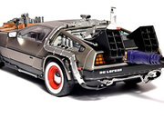 Back to the Future DeLorean hides 500GB hard drive - photo 3