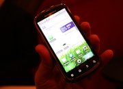 Motorola Cliq 2 hands-on - photo 2