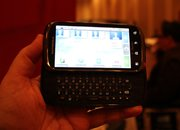 Motorola Cliq 2 hands-on - photo 3