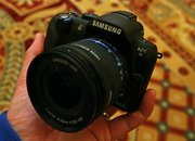 Samsung NX11 hands-on   - photo 2