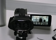 JVC GS-TD1 3D camcorder eyes-on   - photo 2