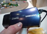 Samsung HMX-Q10 camcorder hands-on - photo 2