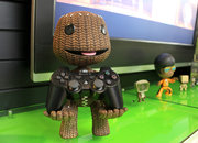 Sackboy stands up ready to hold your PS3 controller - photo 1