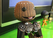 Sackboy stands up ready to hold your PS3 controller - photo 2