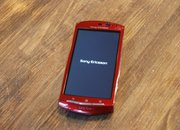 Red Sony Ericsson Xperia Neo hands-on - photo 3