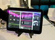 MeeGo tablet interface hands-on - photo 2