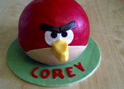 Amongst all the iPad 2 shenanigans, an Angry Birds cake - photo 3