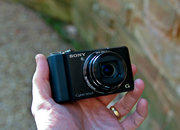 Sony Cyber-shot DSC-HX9V hands-on - photo 2
