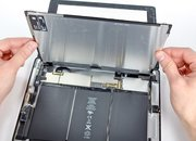 iPad 2 gets the teardown treatment....twice - photo 2